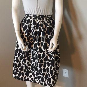 Kingdom & State Black And white printed skirt Med